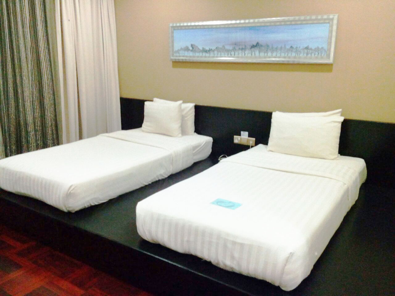 Standard Room Twin Bed1